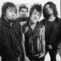 Papa Roach - Silence Is The Enemy