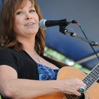 Suzy Bogguss - Cupid Shot Us Both With One Arrow