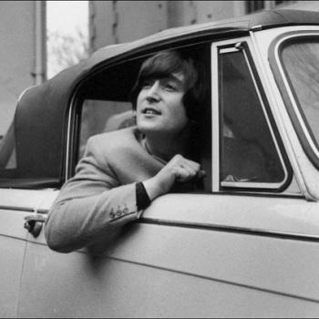 Машина Леннона оказалась дорогой для продажи