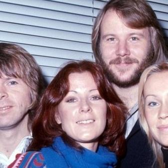 ABBA станет виртуальной