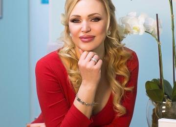 Радиоведущая Алла Довлатова выбрала имя для дочери в Instagram