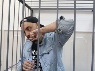 Домашний арест: Кириллу Серебренникову объявили меру пресечения