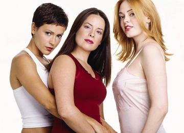 Актриса «Зачарованные» станет мамой в четвертый раз