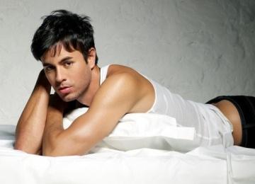 Энрике Иглесиас выпускает «сексуальный» альбом