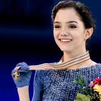 По рекомендации врачей фигуристка Медведева снялась с чемпионата мира
