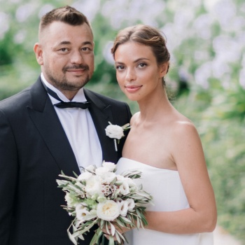 Сергей Жуков поздравил супругу с годовщиной