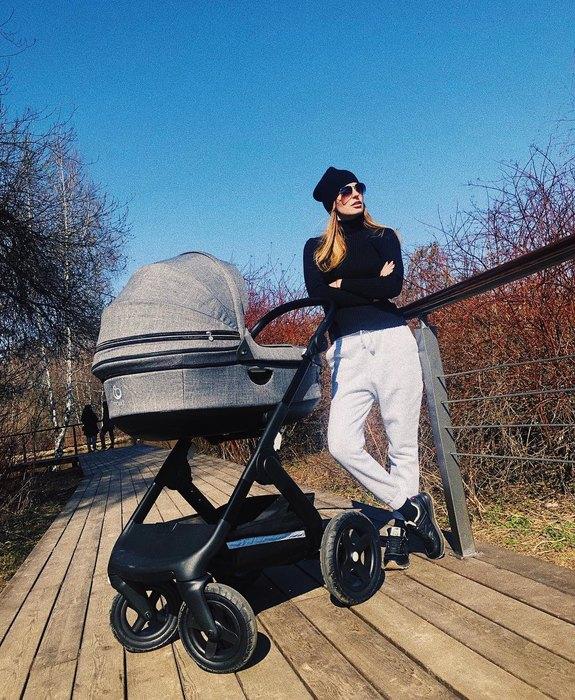 Саша Савельева поделилась секретом стройности после родов