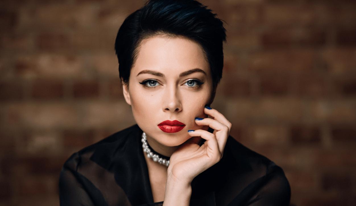 Настасья Самбурская объяснила, почему молчит о личной жизни