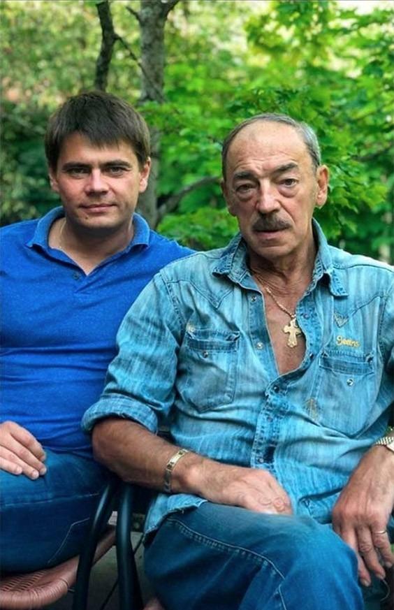 Сын Михаила Боярского показал, как на самом деле выглядит актер